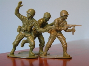 Oh, oh, toy soldiers with guns!
