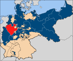 Germany during WW1. Westphalia is in red. The blue areas represent Prussian provinces.