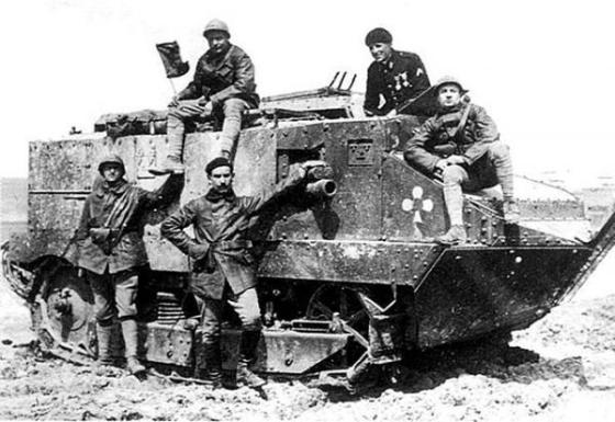 French heavy assault tank-Schneider-1918